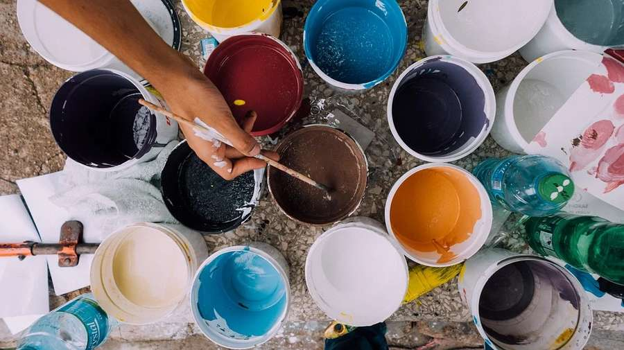Come conservare la vernice nei barattoli